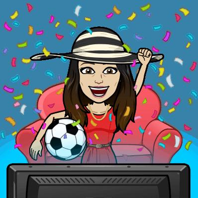 Tegning av jublende jente i en sofa med en ball foran TVen